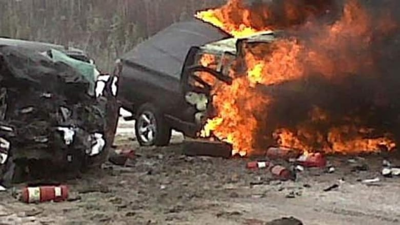 Northern Alberta head-on crash claims 7 lives | CBC News
