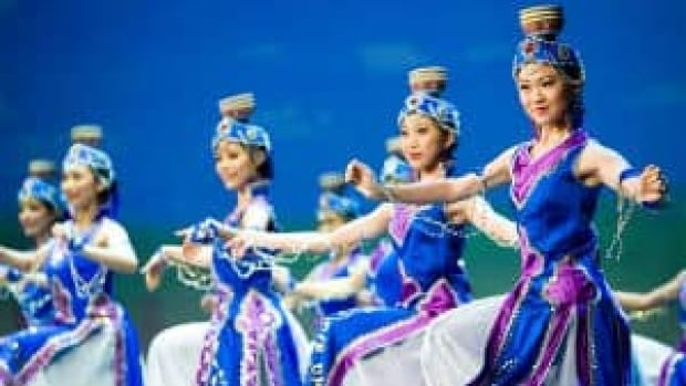 si-shen-yun-triangleartsandentertainment-300