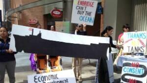 enbridge-protest-300