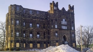 hi-nb-castle-manor-winter