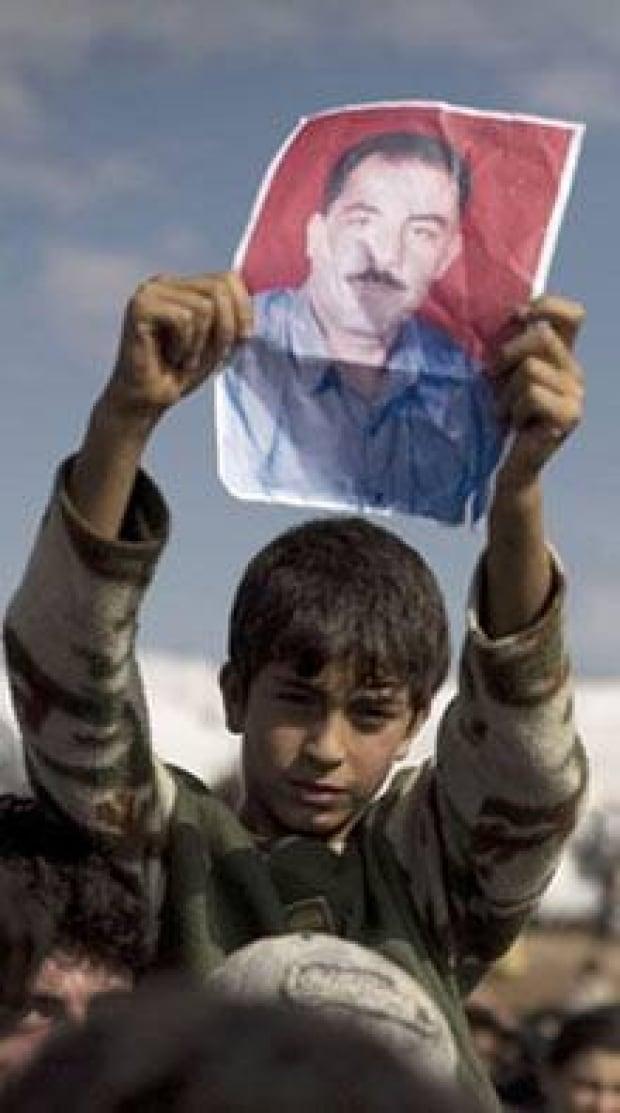 si-220-syrian-refugee-boy