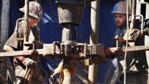 hi-fracking-02558307-8col