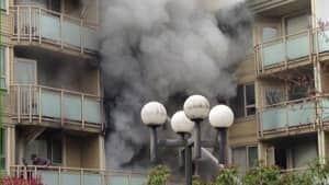 hi-bc-130403-langley-apartment-fire-2-4col