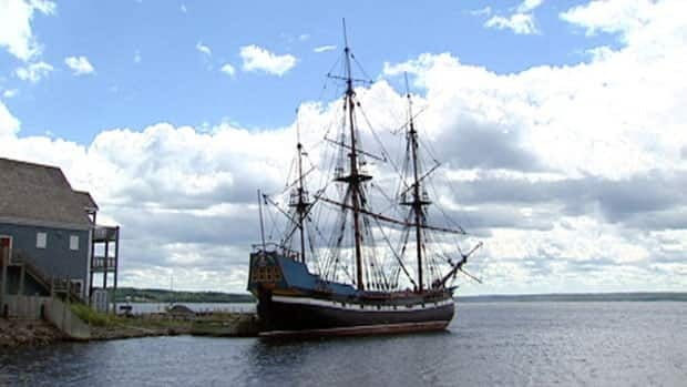 Hector, a three-masted ship that arrived in Pictou in 1773, with 189 passengers from Scotland. Those arrivals began one of the first Scottish settlements in Nova Scotia.