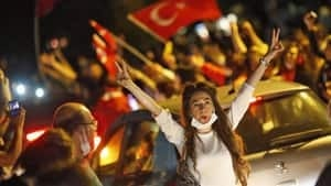 hi-turkey-protest-852-rtx10-4col