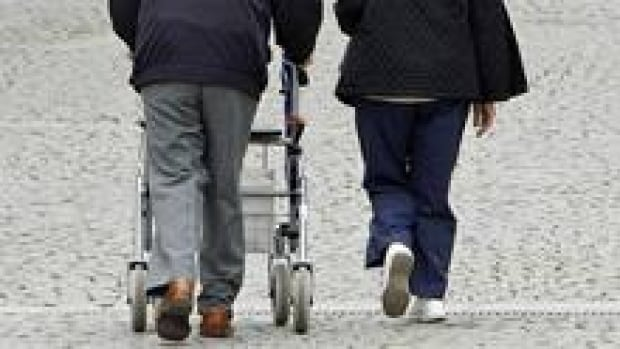 si-elderly-walker-220-cp-91
