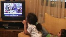 460-tv-children-cp-2938323