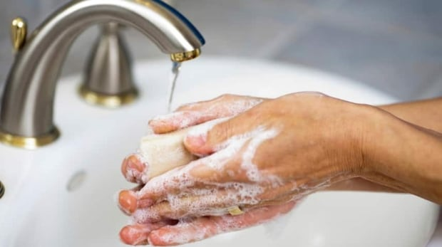 hi-handwashing-857-istock_000018412714