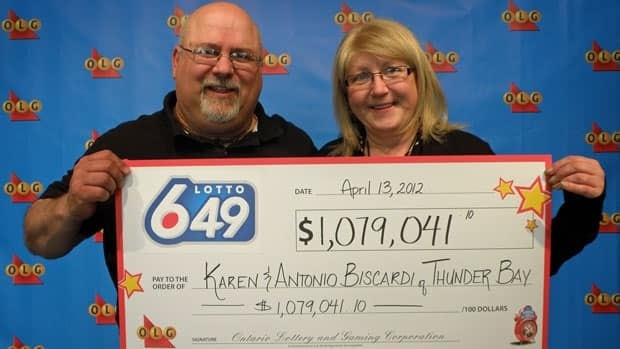Karen and Antonio (Tony) Biscardi from Thunder Bay won $1,079,041 in the April 11 LOTTO 6/49 draw.