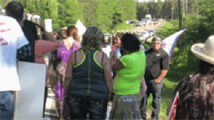 nb-shale-protest-hwy126-rcmp