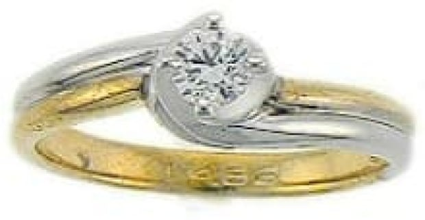 si-cote-engagement-ring