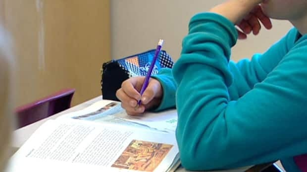 The Eastern School District is taking a second look at a controversial policy that prohibits teachers from flunking students who cheat.