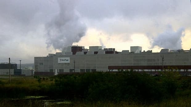 Clouds of steam billow from the Port Hawkesbury paper mill in Point Tupper. The mill hopes to produce paper early this week for the first time in about a year.