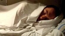 hi-man-sleeping-bed-852-getty-175353965-1