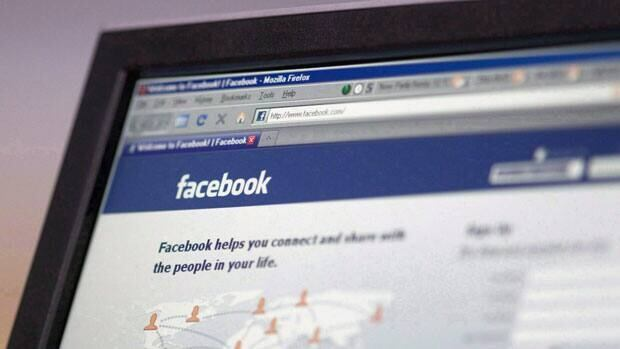 A University of Michigan study suggests that social media sites like Facebook and Twitter are magnets for narcissists.