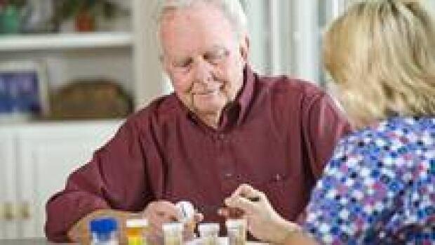 si-elderly-pills-220-cp-is