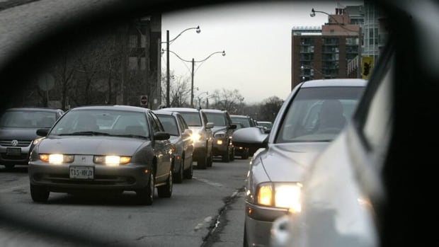 Texas A&M says traffic cost the typical commuter $818 in 2011