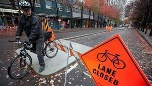 hi-bc-111003-cp-vancouver-bike-lane-4col