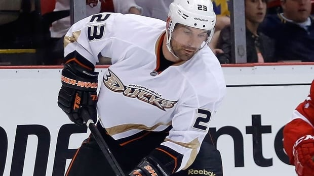Ducks defenceman Francois Beauchemin, who had reconstructive surgery on his right knee recently, played the past month with a torn ligament.