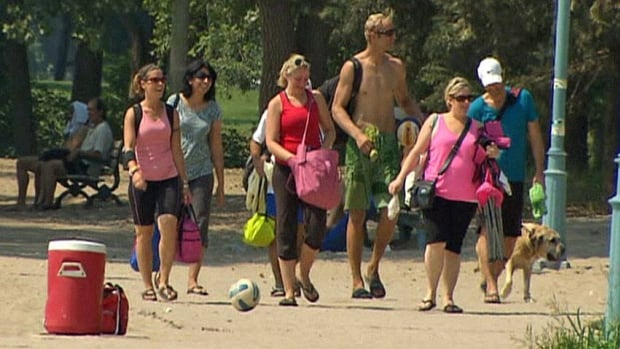Toronto is under an extreme heat alert on Wednesday, a day in which the humidex was making it feel like 45 C.