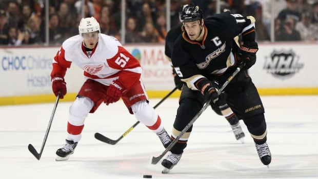 Anaheim Ducks captain Ryan Getzlaf, right, has carried his team during its first-round playoff series against the Detroit Red Wings.