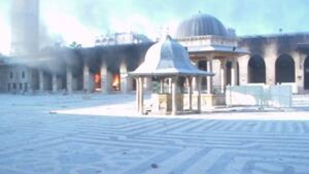 si-aleppo-mosque-300-rtr395bx