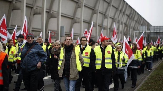 Lufthansa workers have been looking for a wage increase and using short walkouts to pressure the company in negotiations with their union.