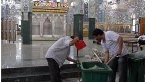 inside-shrine-cleaning-0280