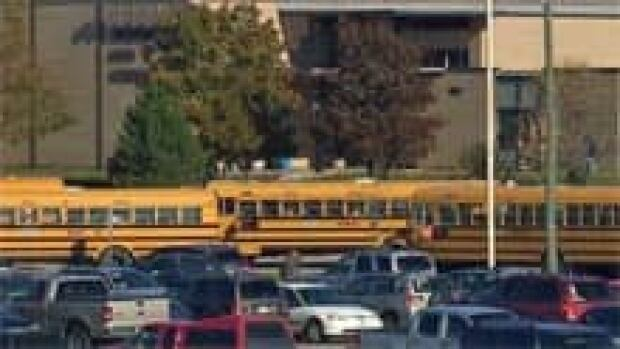 si-nb-school-bus-220