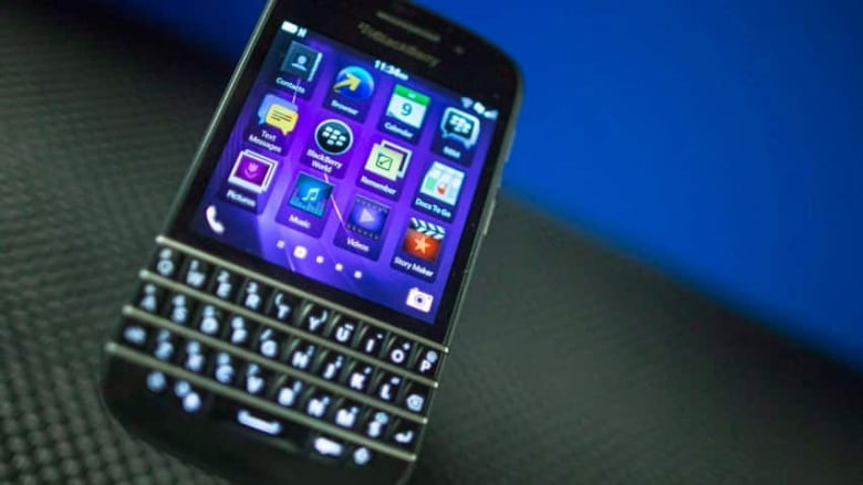 NSA can access BlackBerry, Android, iPhone data, report says