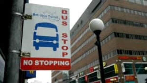 nl-metrobus-stop-waterst-2012