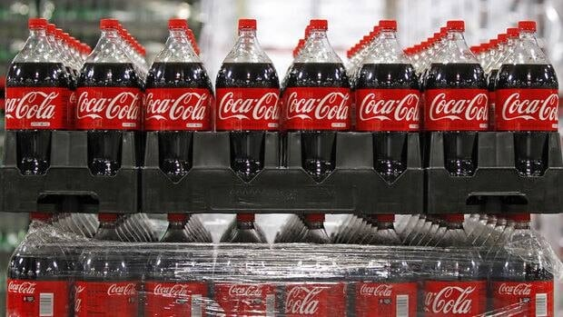 A sales report from Coca-Cola Enterprises Inc. suggests the company should try to convince consumers to see soft drinks as a legitimate morning beverage as they do juices, tea and coffee.