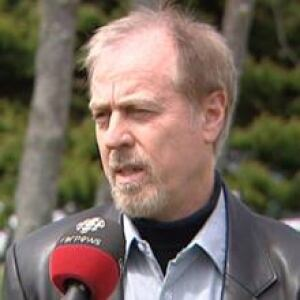 nl-wiseman-merv-20120508