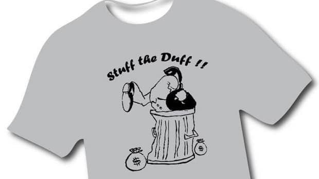 Lloyd Kerry's T-shirts suggest it is time for Senator Mike Duffy to go.