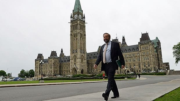 Opposition Leader Tom Mulcair has apologized for driving by RCMP at a security checkpoint on Parliament Hill on Thursday.