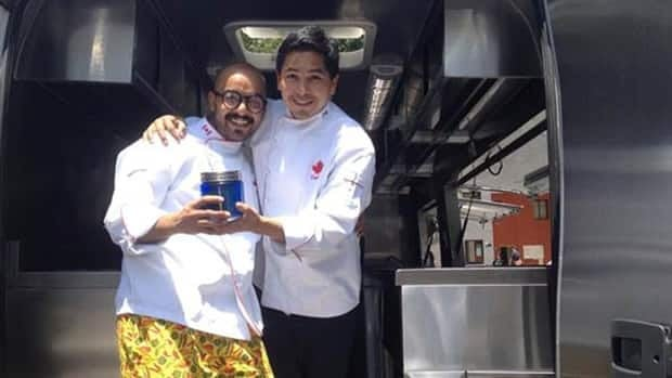 Jorge Valencia, left, and José Carlos Redo are teaming up to run a food truck in Mexico serving Canadian cuisine with a Mexican touch.
