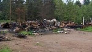 si-nb-harvey-house-fire-220