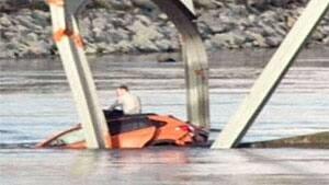 mi-bc-130523-skagit-bridge-collapse-king5