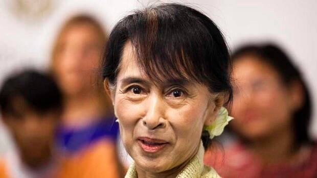 Aung San Suu Kyi says a clause in the Burmese constitution that effectively bars her from the job of president is one of several her party wants to change.
