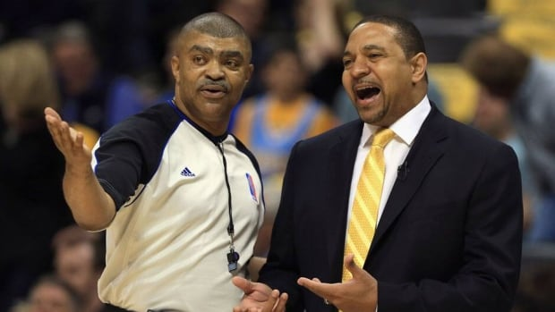 Golden State Warriors' head coach Mark Jackson, right, had never before been fined for criticizing NBA officials during two seasons as a coach and 17 seasons as a player.