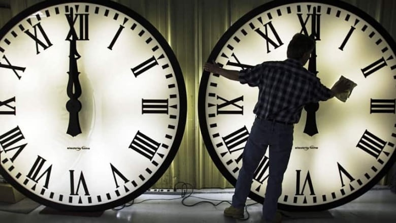 Daylight time is not used everywhere in the world, not even in all parts of  Canada. (Brian Snyder/Reuters)