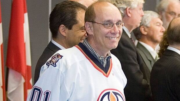 Edmonton Mayor Stephen Mandel says the Oilers and owner Daryl Katz would be hard-pressed to duplicate the rabid fan interest and sell-out crowds in the Alberta capital.