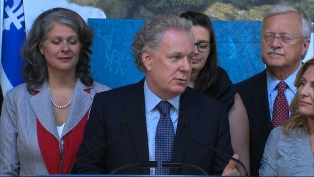 Jean Charest plans to make volunteering mandatory for high school seniors.
