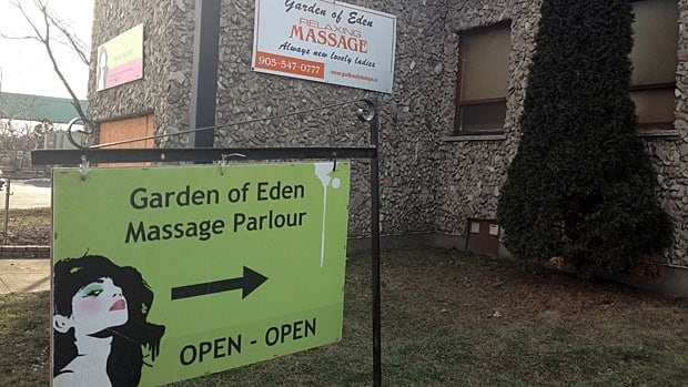 The owner of the Garden of Eden spa says the increased licensing fee for Hamilton's two legal body rub parlours is unfair. (Samantha Craggs/CBC)