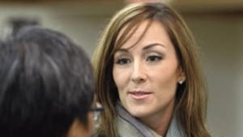 Amanda Lindhout tells of her captivity, torture in Somalia | CBC News