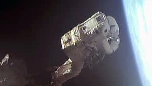 mi-luca-parmitano-spacewalk