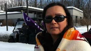 mi-ott-idlenomore-protester-300