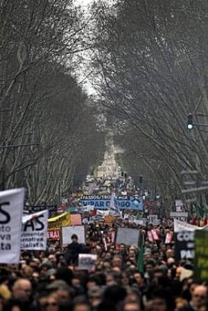portugal-protest-280-040763