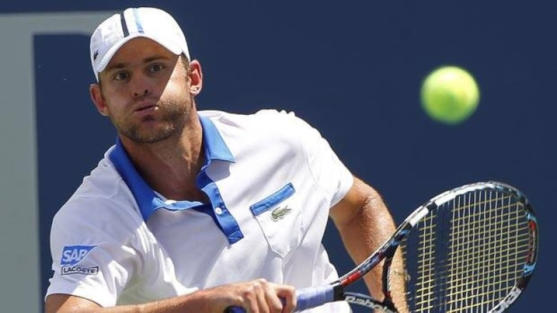 c14dfe8eb93e Andy Roddick returns a backhand Sunday en route to his second recent win.  (John Bazemore Associated Press)