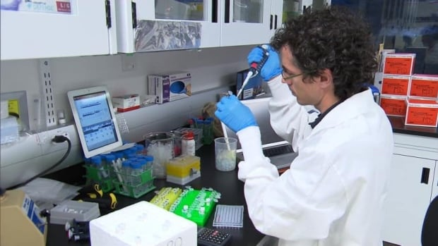 The CARTaGENE program collects blood samples and medical information from thousands of Quebec residents, with each sample representing the health, lifestyle and genetic makeup of the population.